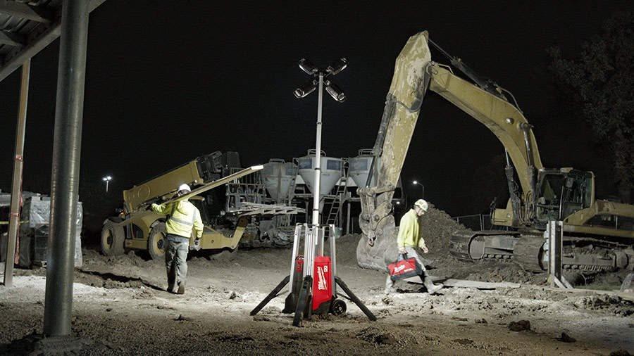 ARTICLE ZONE OUTILLAGE - La tour d'éclairage MXF TL Milwaukee, la nouvelle solution d'éclairage mobi