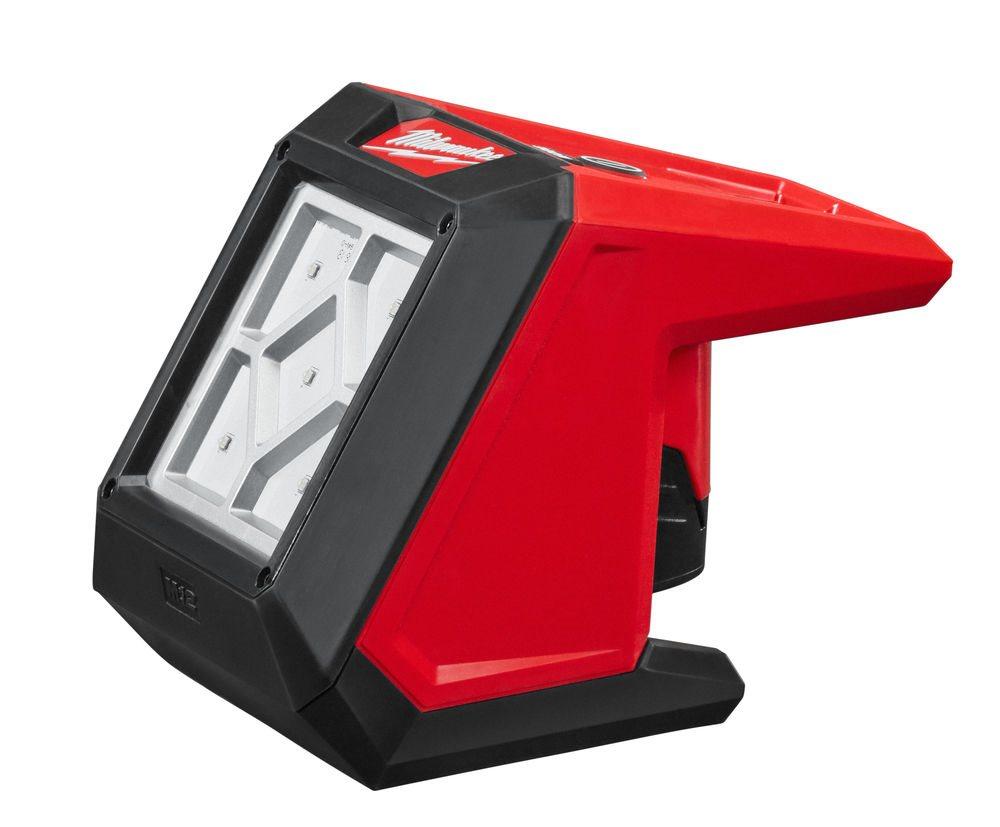 Milwaukee® M12™ LED Térmegvilágító lámpa: erősítse, rögzítse, függessze fel, vagy vigye magával bárh