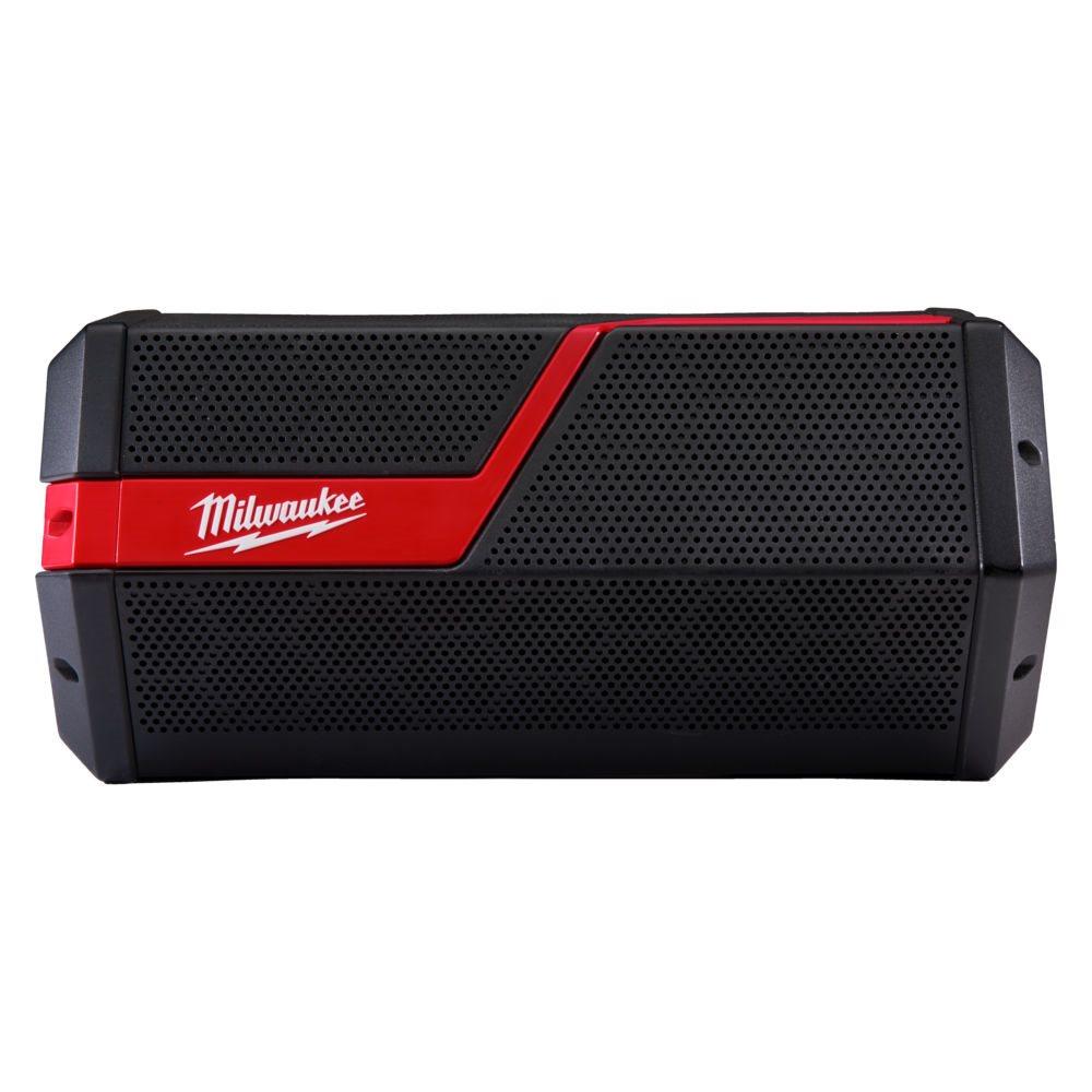 A Milwaukee® növeli a hangerőt az ipar leghangosabb, legtisztább hangrendszerével